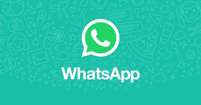 Логотип на зеленом фоне