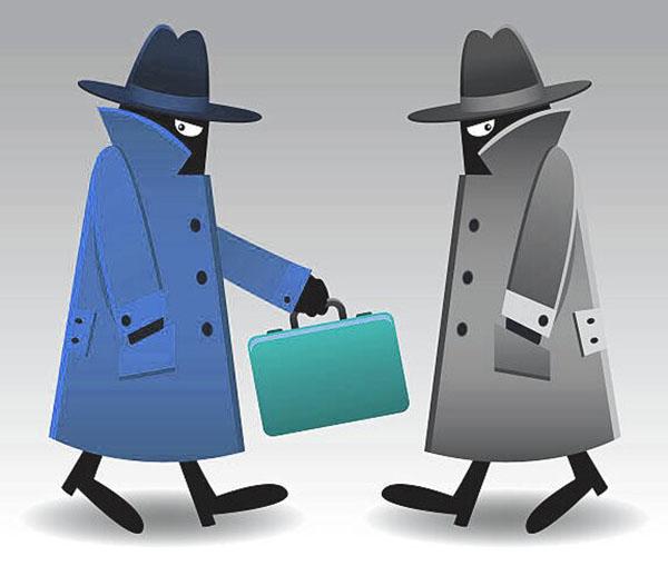 Шпионы передают сведения